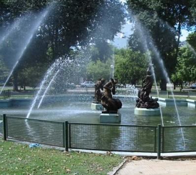 fuente-plaza-rocha.jpg